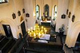 Wnętrze kościółka